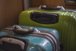 スーツケース